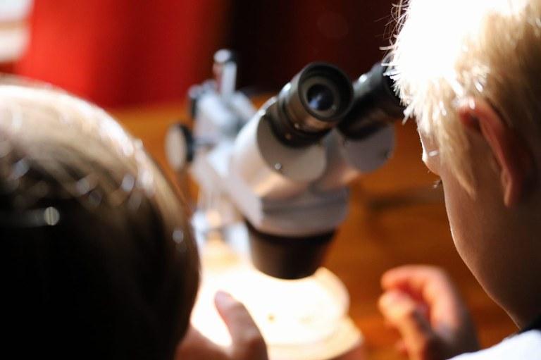 mikroskooppi.jpg
